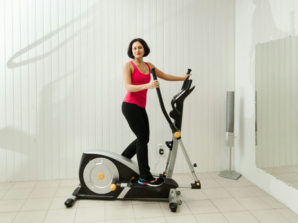Как Сбросить Вес На Эллиптическом Тренажере. Тренировка на эллипсоиде для похудения — программа занятий для мужчин и женщин